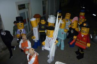 Lego grad